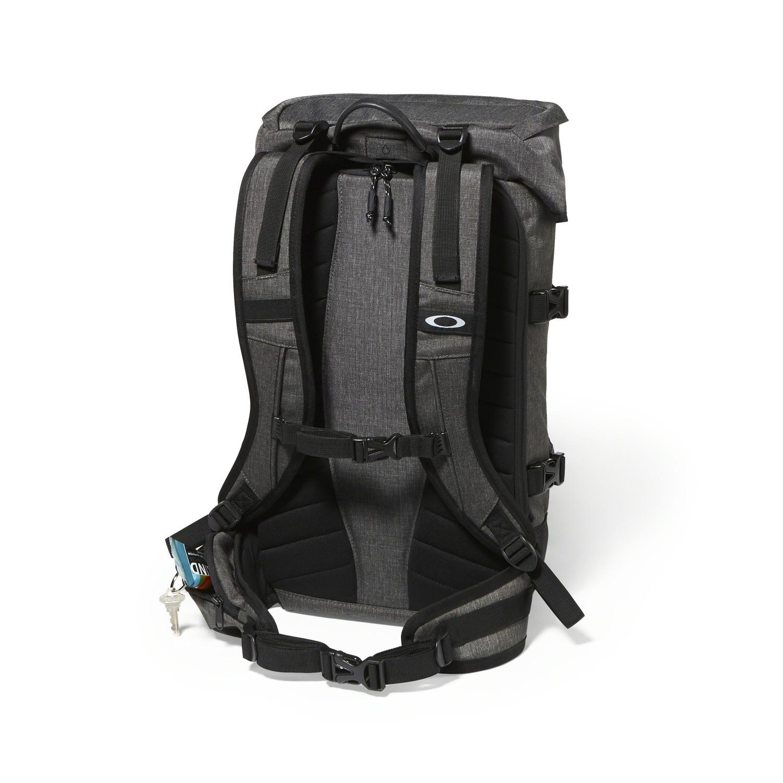 Oakley Guntower Pack